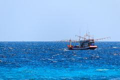 Barco de pesca nativo Imagen de archivo