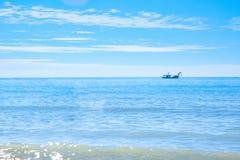 Barco de pesca no sea Imagem de Stock