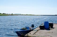 Barco de pesca pequeno Imagens de Stock Royalty Free