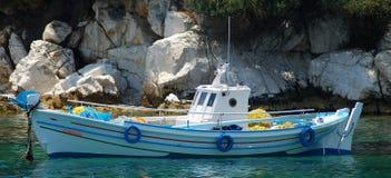 Barco de pesca pequeno Imagem de Stock