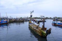 Barco de pesca rústico Sekondi Foto de archivo
