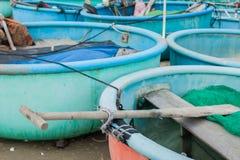 Barco de pesca tradicional redondo Vietnam imágenes de archivo libres de regalías