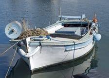 Barco de pesca velho fotos de stock