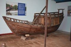 Barco de pesca velho indiano a história dos barcos Imagem de Stock