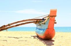 Barco de pesca vermelho Fotografia de Stock Royalty Free