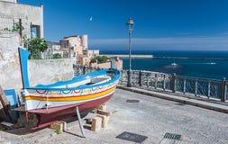 Barco de pesca viejo Imagen de archivo libre de regalías