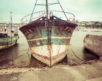 Barco de pesca viejo del vintage Foto de archivo libre de regalías