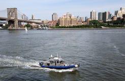 Barco de policía NYC Fotos de archivo libres de regalías