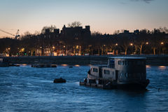 Barco de río de Londres Fotos de archivo libres de regalías