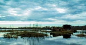 Barco de río olvidado fotos de archivo libres de regalías