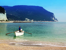 barco de rowing del hombre Imagen de archivo