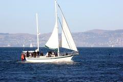 Barco de Santa Maria Sailing, um iate de San Francisco Sailing Company foto de stock royalty free