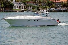 Barco de Sportfishing foto de stock