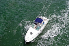 Barco de Sportsfishing fotos de stock
