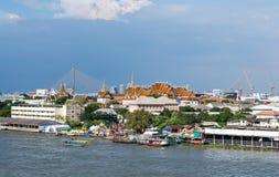 Barco de turista em Chao Phraya River fotos de stock royalty free