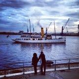 Barco de vapor del puerto de Hamburgo imágenes de archivo libres de regalías