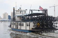 Barco de vapor en Norfolk, Virginia foto de archivo