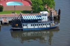 Barco de vapor en Norfolk, Virginia, los E.E.U.U. Fotografía de archivo