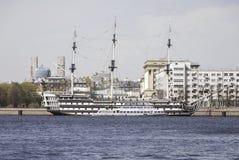Barco de vela amarrado Imágenes de archivo libres de regalías