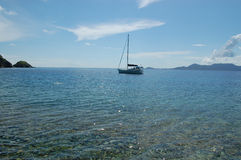 Barco de vela asegurado Fotografía de archivo