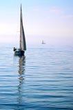 Barco de vela en el lago Ginebra Imágenes de archivo libres de regalías