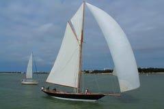 Barco de vela en La Rochelle, Francia Foto de archivo libre de regalías