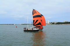 Barco de vela en La Rochelle, Francia Fotos de archivo libres de regalías