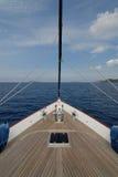 Barco de vela en la vela Fotografía de archivo libre de regalías