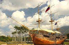 Barco de vela histórico de madeira velho fotografia de stock