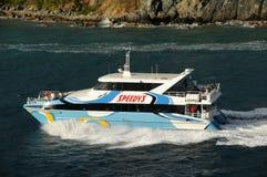 Barco de visita turístico de excursión en Tortola, el Caribe Foto de archivo libre de regalías