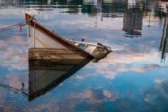Barco del fregadero Fotografía de archivo libre de regalías