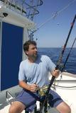 Barco del pescador del agua salada del gran juego del pescador imagen de archivo