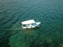 Barco desde arriba Fotos de archivo