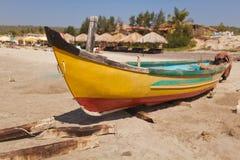 Barco dos homens de Fisher Imagens de Stock Royalty Free