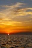 barco e mar no mar do Sul da China do litoral da baía de tao do kho de Tailândia Imagem de Stock Royalty Free