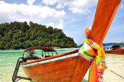 Barco e o mar fotografia de stock