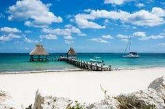 Barco e oceano Fotografia de Stock Royalty Free