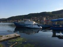 Barco em Danúbio em Orsova Fotos de Stock Royalty Free