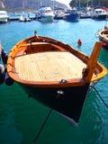 Barco em uma porta Fotos de Stock Royalty Free