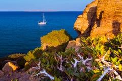 Barco en el alto mar Foto de archivo libre de regalías