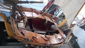Barco en el carrusel de los mundos marinos en la isla de Nantes imagen de archivo
