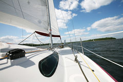 Barco en el lago Imágenes de archivo libres de regalías