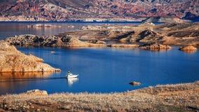 Barco en el lago Mead Imagen de archivo libre de regalías
