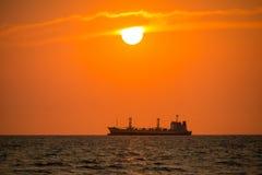 Barco en el mar Imagen de archivo libre de regalías