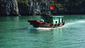 Barco en la bahía larga de la ha, Vietnam metrajes