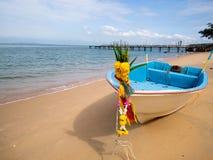 Barco en la playa, barco tradicional Imagen de archivo