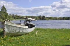 Barco en la tierra Foto de archivo libre de regalías