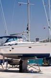 Barco en mantenimiento Imagen de archivo libre de regalías