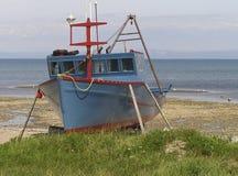 Barco en muelle seco fotos de archivo libres de regalías