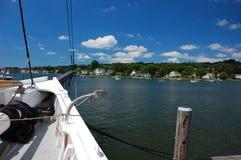 Barco en puerto místico Imágenes de archivo libres de regalías